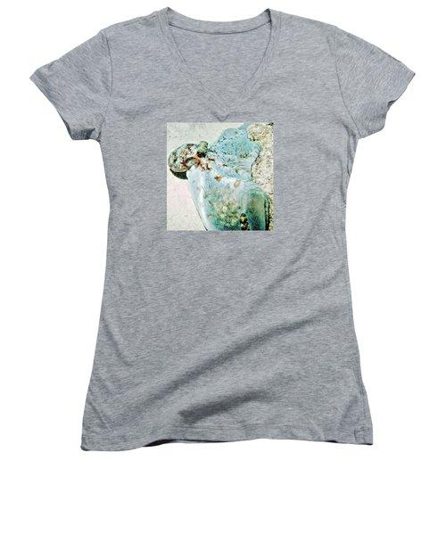 Caribbean Reef Octopus - Eyes Of The Deep Women's V-Neck T-Shirt (Junior Cut) by Amy McDaniel