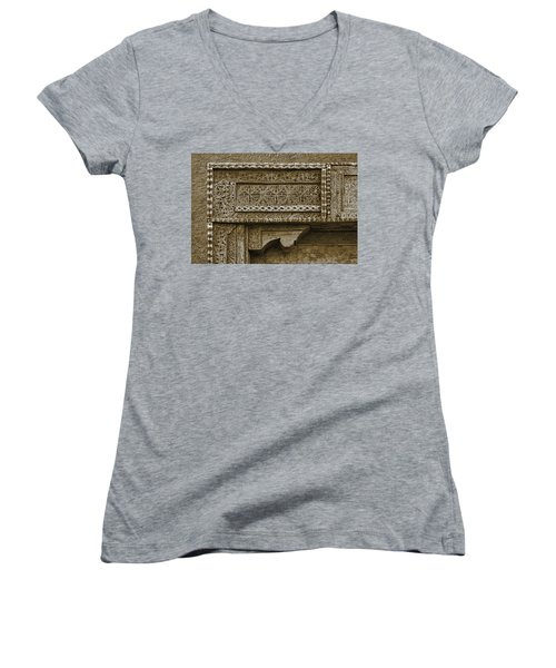 Carving - 3 Women's V-Neck T-Shirt (Junior Cut) by Nikolyn McDonald