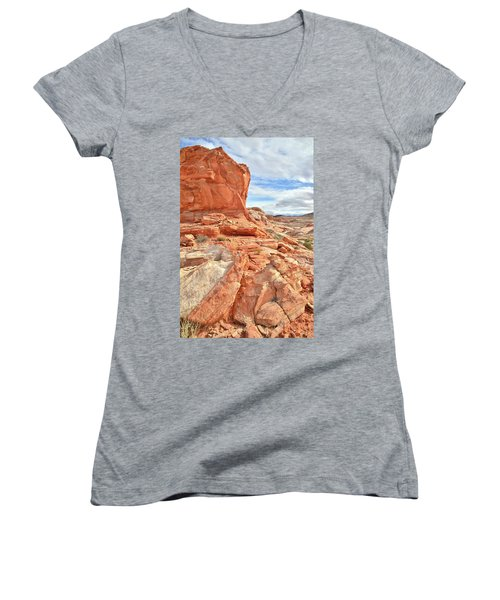 Castle High Above Wash 5 In Valley Of Fire Women's V-Neck T-Shirt