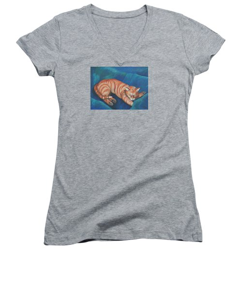 Cat Napping Women's V-Neck T-Shirt (Junior Cut)