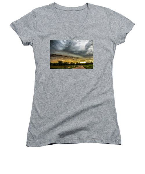 Chasing Nebraska Stormscapes 074 Women's V-Neck T-Shirt