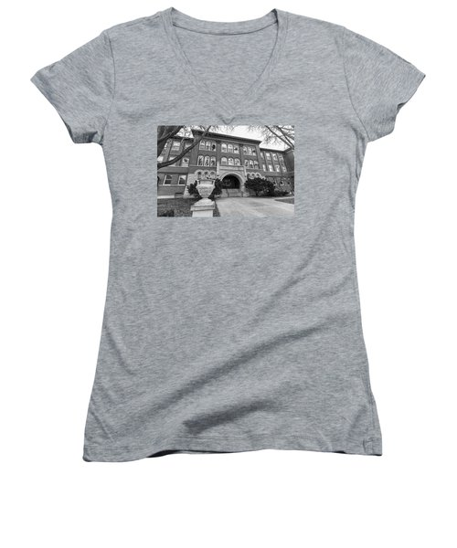 Chemistry Building University Of Illinois  Women's V-Neck