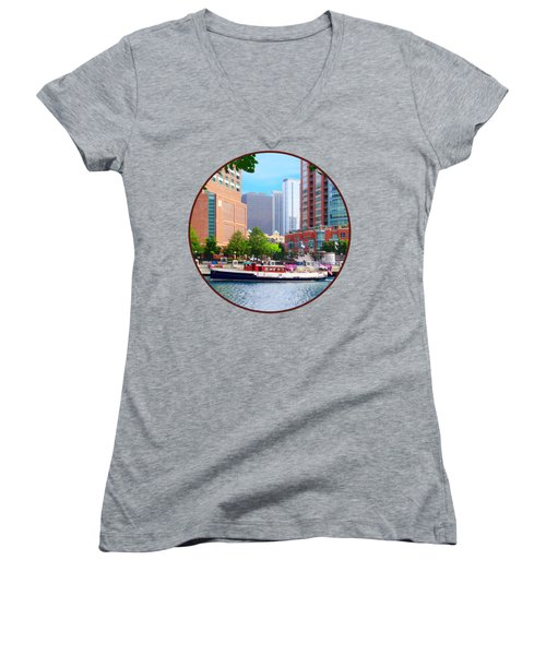 Chicago Il - Chicago River Near Centennial Fountain Women's V-Neck T-Shirt