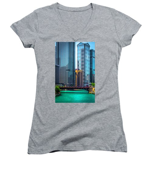 Chicago River From Michigan Ave Dsc2107 Women's V-Neck T-Shirt