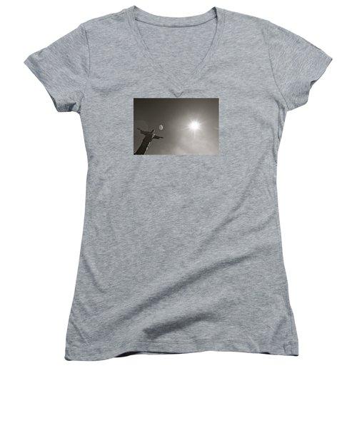 Christ The Redeemer Women's V-Neck T-Shirt (Junior Cut)