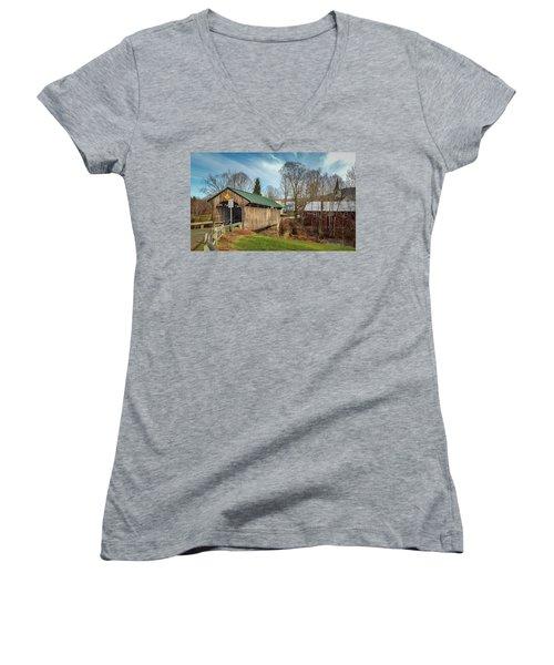 Church Street Bridge Women's V-Neck T-Shirt