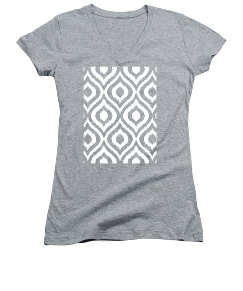 Circle And Oval Ikat In White T03-p0100 Women's V-Neck T-Shirt