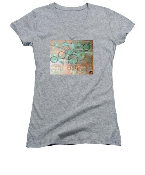 Circumnavigate Women's V-Neck T-Shirt