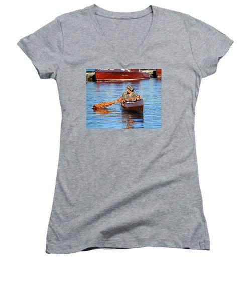 Classic Canoe Women's V-Neck
