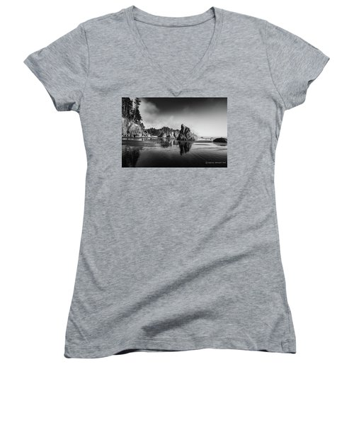 Clear Day At Ruby Beach Women's V-Neck T-Shirt
