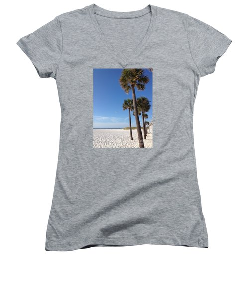 Clearwater Palms Women's V-Neck