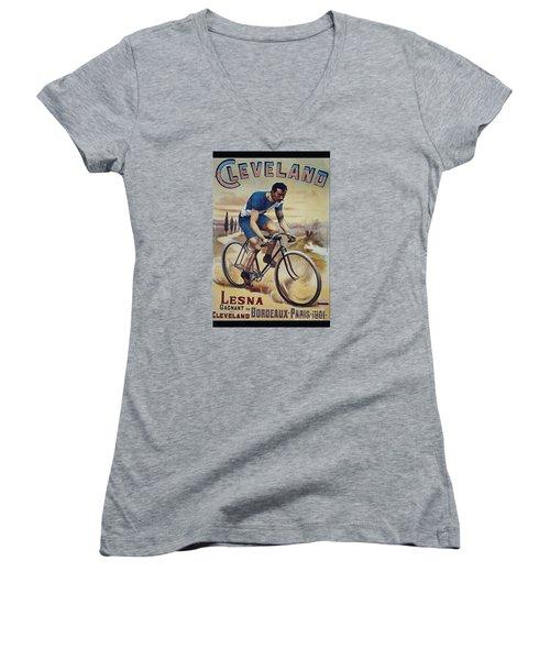 Cleveland Lesna Cleveland Gagnant Bordeaux Paris 1901 Vintage Cycle Poster Women's V-Neck (Athletic Fit)