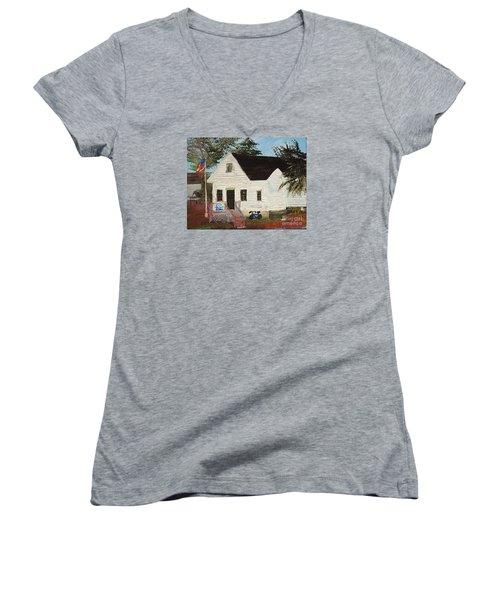 Cliff Island School Women's V-Neck T-Shirt