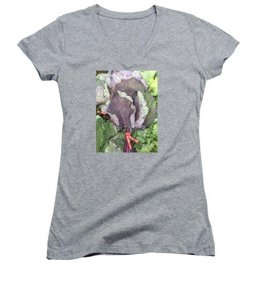 Collard Greens Portland Farmers Market 2015 Women's V-Neck T-Shirt (Junior Cut)