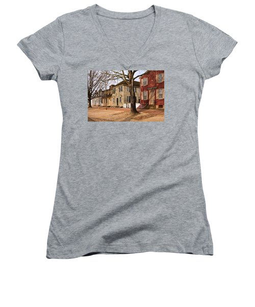 Colonial Street Scene Women's V-Neck (Athletic Fit)