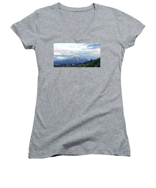 Colorado 2006 Women's V-Neck T-Shirt