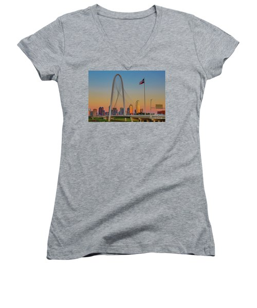 Colorful Dallas Sunset Women's V-Neck T-Shirt