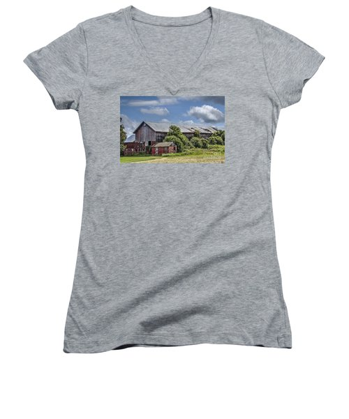 Country Barn Women's V-Neck T-Shirt