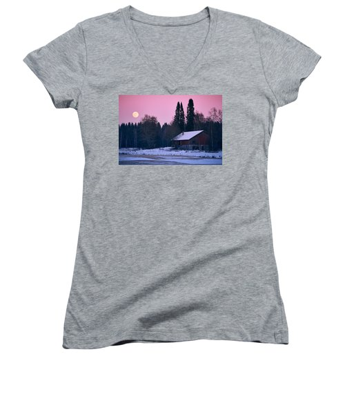Countryside Full Moon Scenery Women's V-Neck T-Shirt