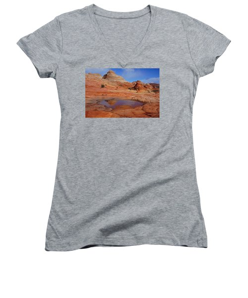 Coyote Butte Reflection Women's V-Neck (Athletic Fit)