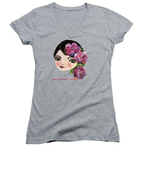 Creative Green Eye Women's V-Neck T-Shirt