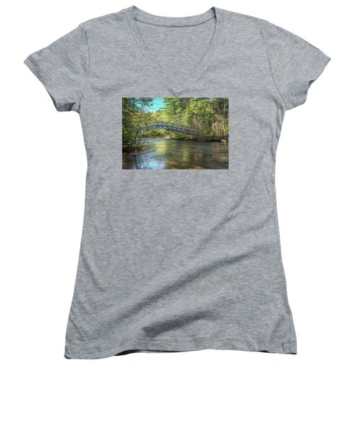Crossing Women's V-Neck
