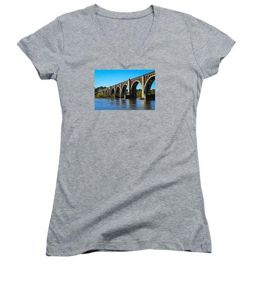 Csx A-line Bridge Women's V-Neck T-Shirt