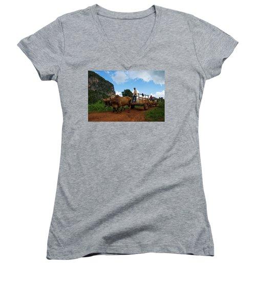 Cuban Worker II Women's V-Neck T-Shirt