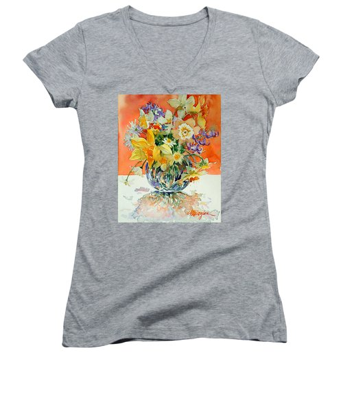 Daffs And Daisies Women's V-Neck T-Shirt