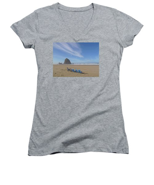 Day At Haystack Rock Women's V-Neck T-Shirt (Junior Cut) by Suzy Piatt