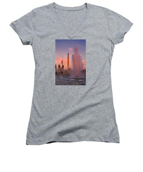 Dc Sunset Women's V-Neck T-Shirt