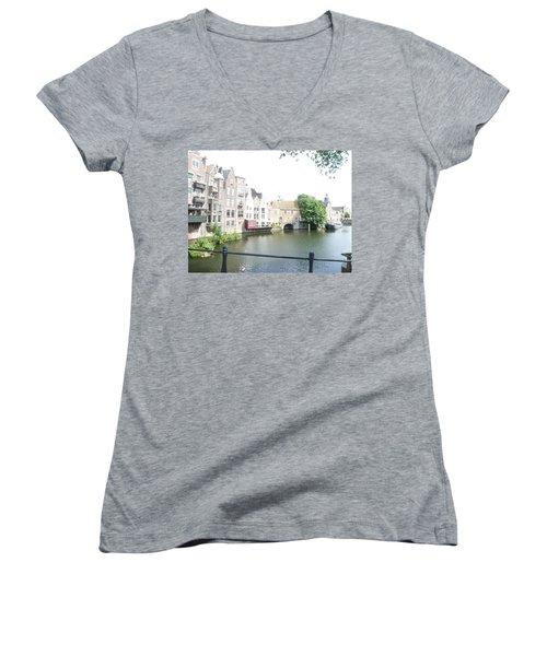Delfshaven 2 Women's V-Neck T-Shirt
