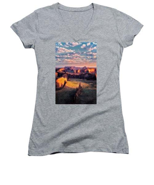 Desert Glow   Women's V-Neck T-Shirt