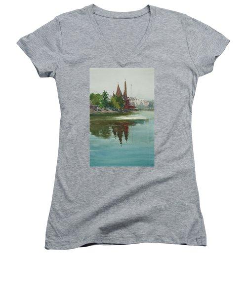 Dhanmondi Lake 04 Women's V-Neck T-Shirt