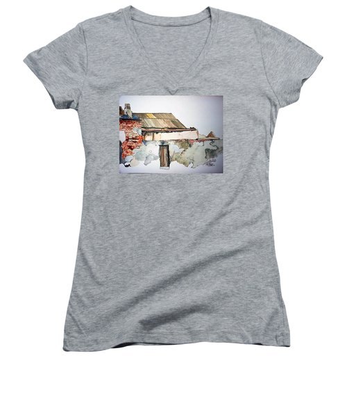 District 6 No 4 Women's V-Neck T-Shirt