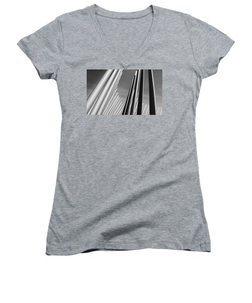 Domino Effect Women's V-Neck (Athletic Fit)