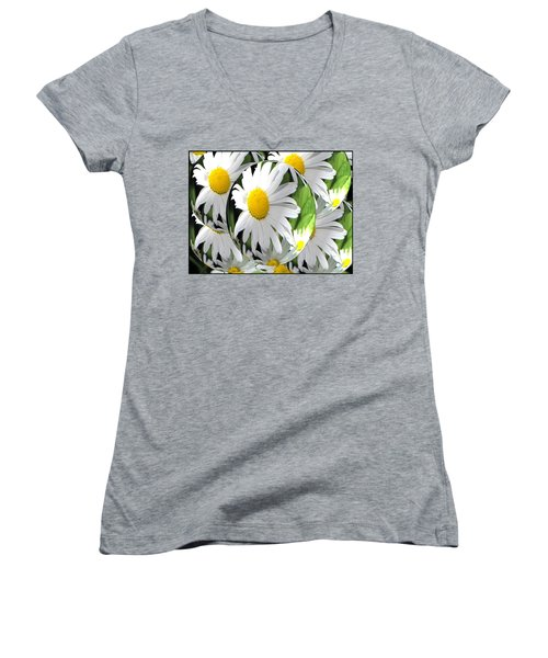 Doo Wop Daisies Women's V-Neck (Athletic Fit)