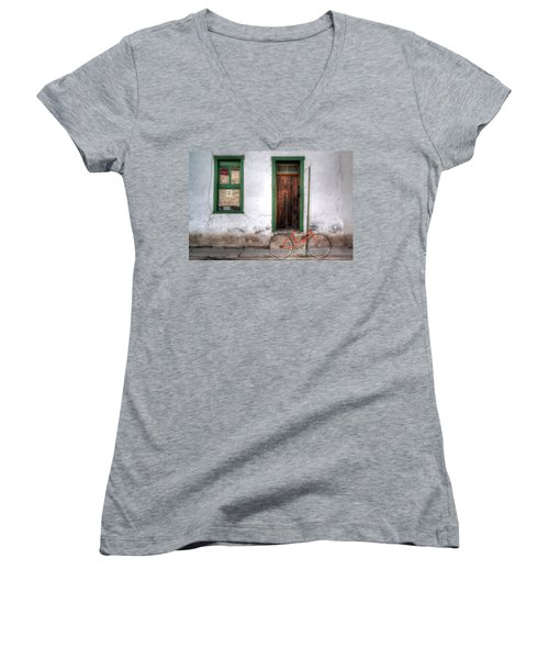 Women's V-Neck featuring the photograph Door 345 by Lynn Geoffroy