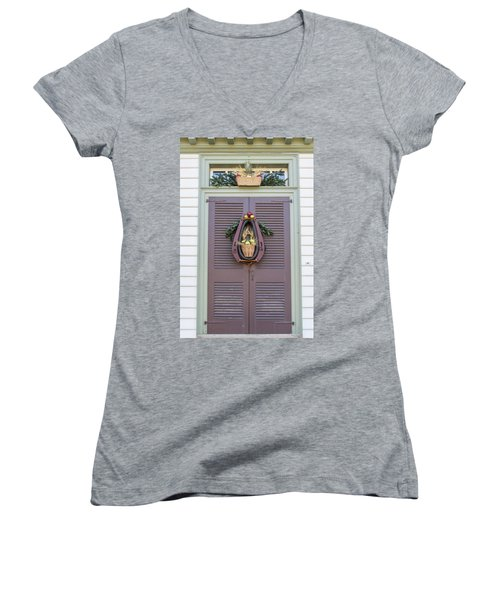 Doors Of Williamsburg 91 Women's V-Neck