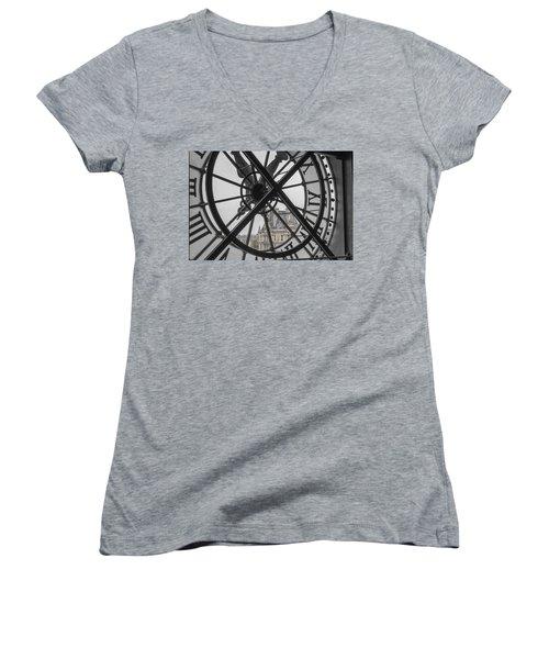 D'orsay Clock Paris Women's V-Neck (Athletic Fit)