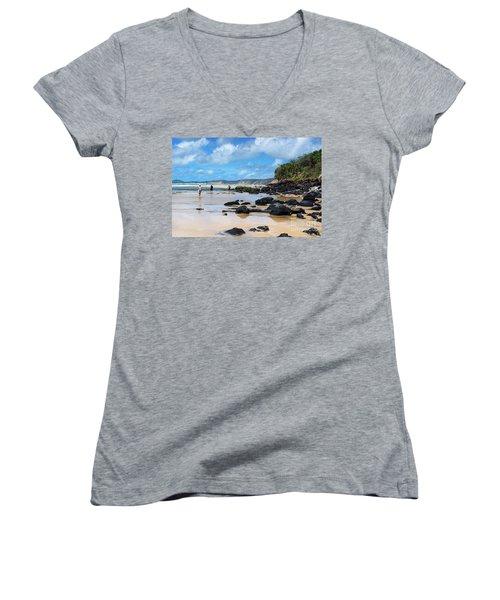 Double Island Point  Women's V-Neck T-Shirt