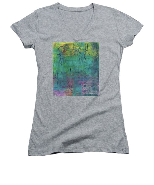 Dreaming 2 Women's V-Neck (Athletic Fit)