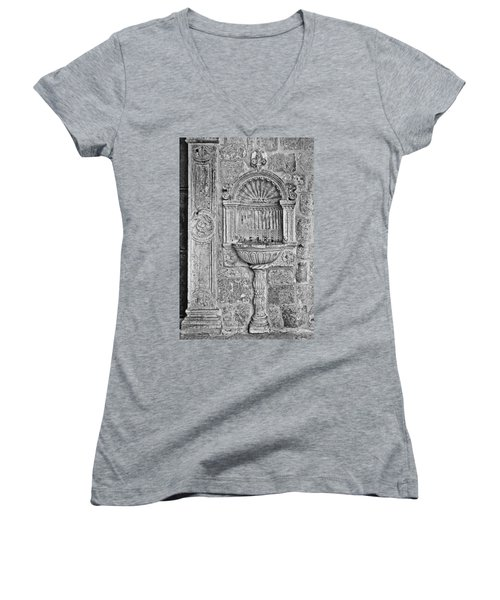 Dubrovnik Wall Art - Black And White Women's V-Neck