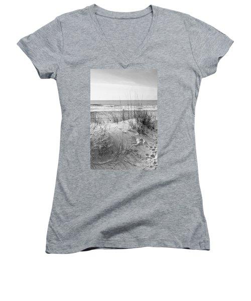 Dune - Black And White Women's V-Neck T-Shirt (Junior Cut) by Angela Rath