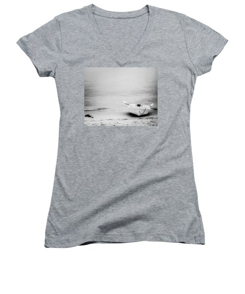 Women's V-Neck T-Shirt (Junior Cut) featuring the photograph Duo by Ryan Weddle