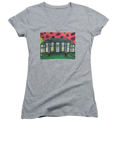 Dupont Family Mansion. Women's V-Neck T-Shirt