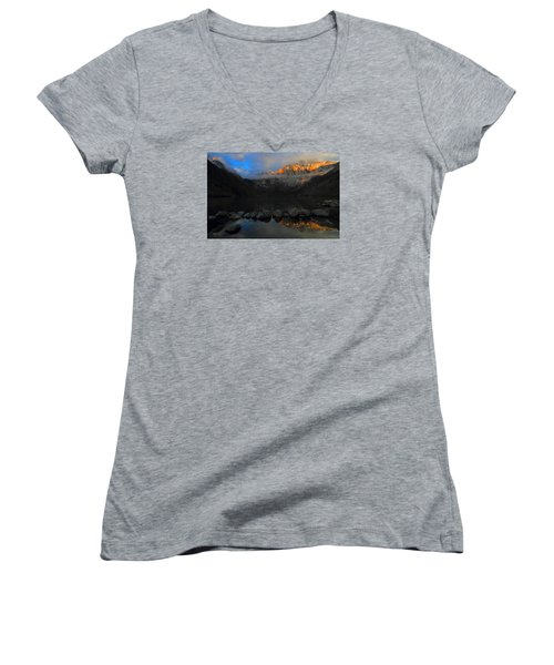 Early Morning Light At Convict Lake In The Eastern Sierras Women's V-Neck T-Shirt