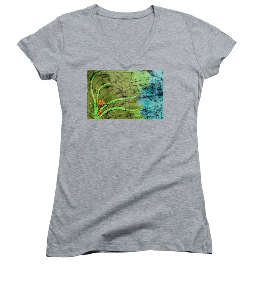 Earth Flower Women's V-Neck