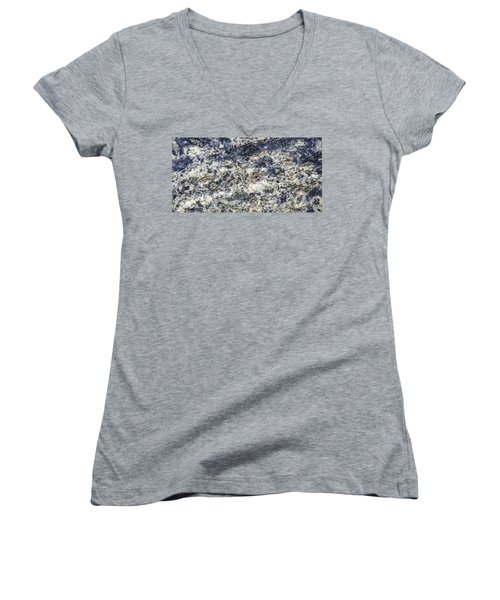 Earth Portrait L5 Women's V-Neck