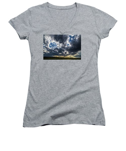 Eastern Montana Sky Women's V-Neck T-Shirt